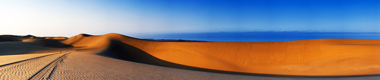 Namibia – the towering red sand dunes of the Namib Desert, a true highlight of Namibia's dramatic desert scenery.